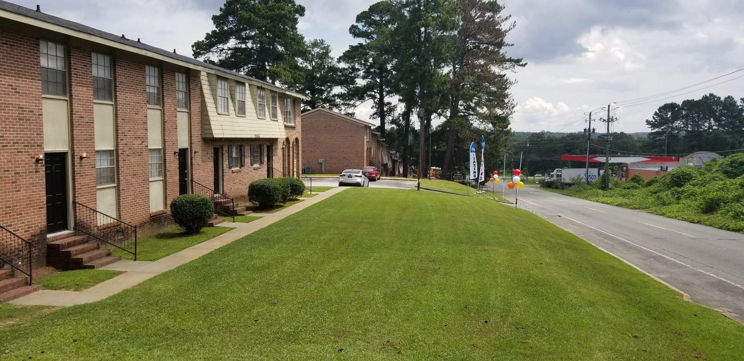 Exterior Property Photo of Pine Ridge Apartments